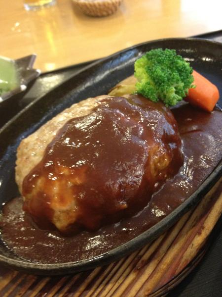 日本亭のハンバーグ