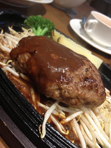 グリル歌舞伎本店のハンバーグ