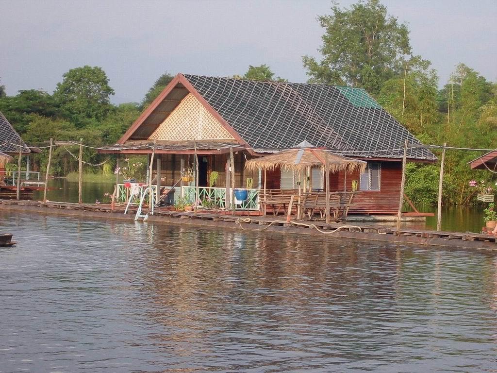 Kanchanaburi (2)