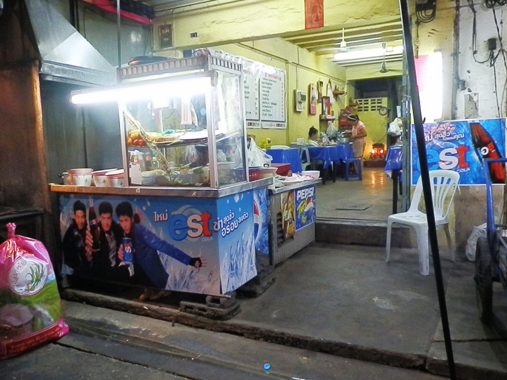 街の飲食店ではペプシからエストに商品を切り替える店が多い