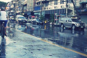 バンコクで洪水警報再び