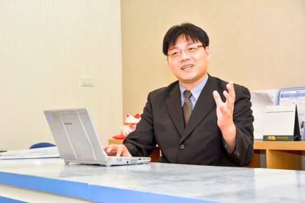 鈴木武彦氏