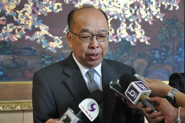 。 スラポン・トーウィチャックチャイクン(Surapong Tovichakchaikul)副首相