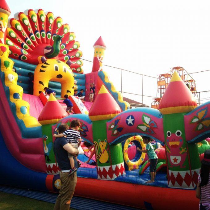 """インターナショナルスクールのイベントは""""子供が本気で楽しめる""""を大事にしてる"""
