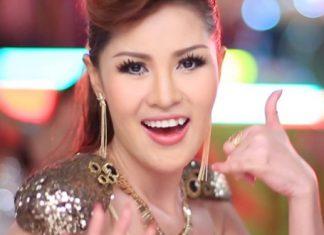 タイの国民的歌手のインリー・シージュムポンさん