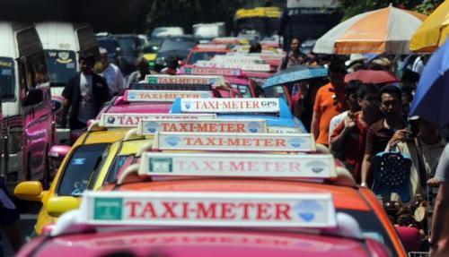タイのタクシーは9割がトヨタ