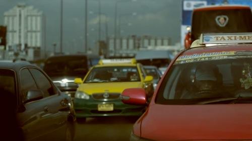 昼間の大渋滞