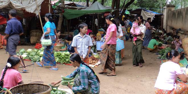 変わりゆくミャンマーのファッション