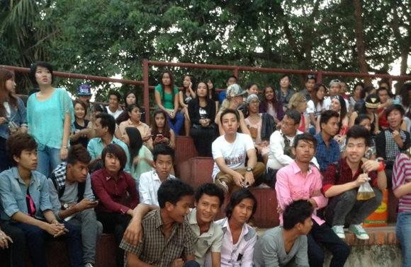 ミャンマーの人たち