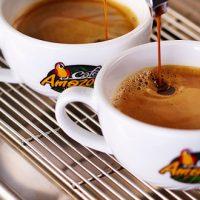 タイで1000店舗以上構えるコーヒショップで不祥事