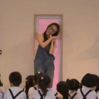 幼稚園と一緒に歌う