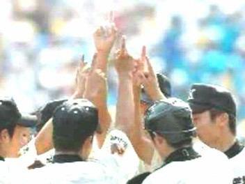 日本の最高レベルの高校野球がバンコクで見られるめったにない機会だ