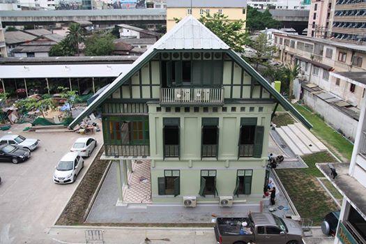 正面からのプラヤー・シータマティラート邸