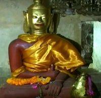 一見普通の仏像