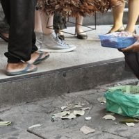 タイで物乞いの取締まり開始