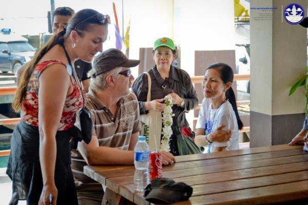 外国人観光者と面談