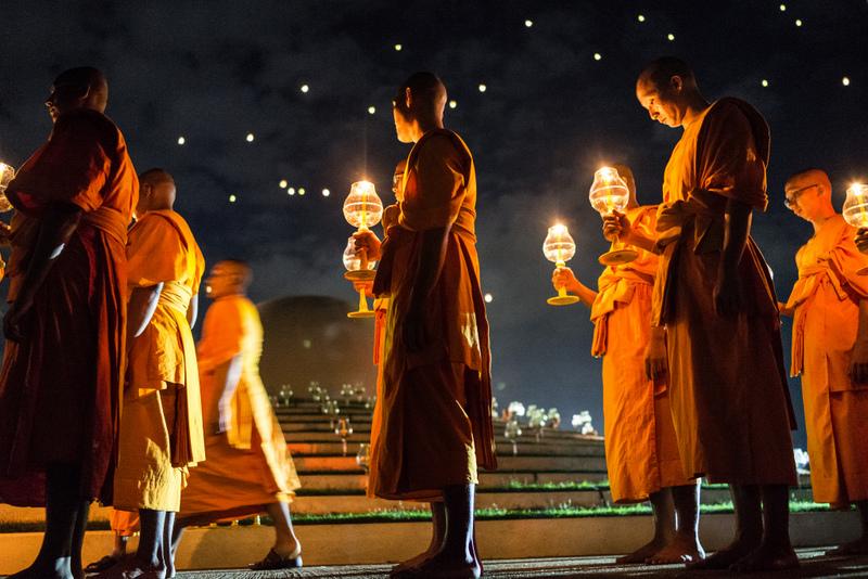 僧侶さえ神秘的