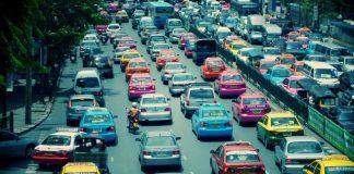 タイに革命的タクシー会社の誕生