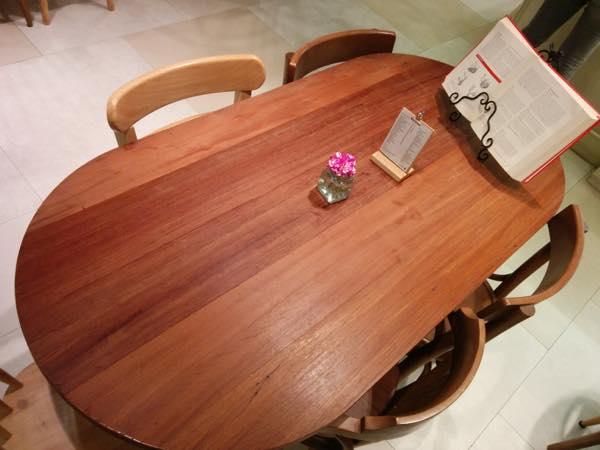おっきなテーブル