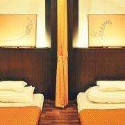 清潔で安心の日系マッサージ店「at ease massage」