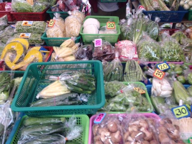 新鮮!綺麗!安い!日本人にはうってつけの野菜達。