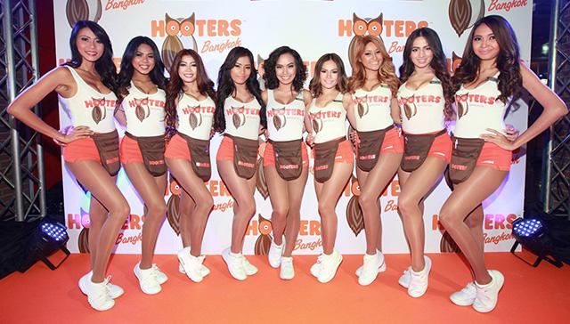 バンコクのフーターズ 出典:Thai Hooters FB