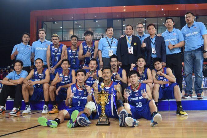 準優勝を果たした男子タイ代表
