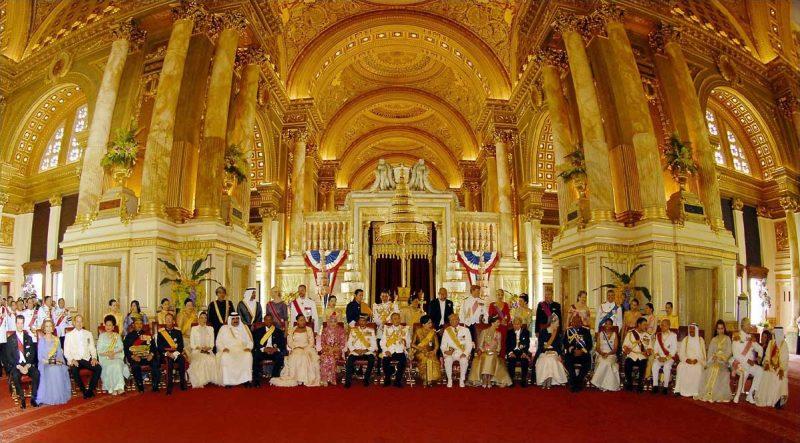 世界のロイヤルファミリーを集めた即位60周年記念式典