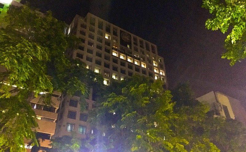 シリラート病院の16階