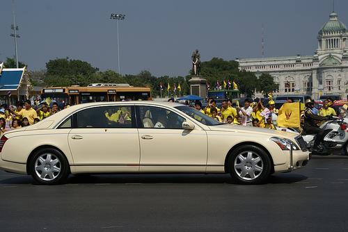 王様の車 ©thaicarlover