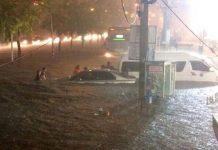 タイ東北部「コラート」で道路が冠水した様子