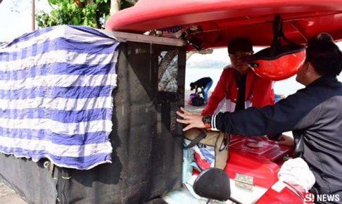 「子供部屋」付きの、アイスクリームの移動販売用バイク