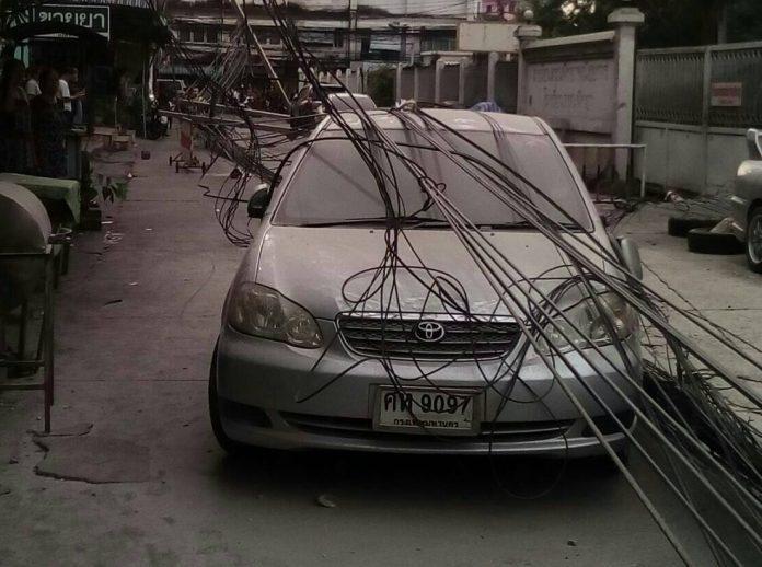 バンコク中心部でビル倒壊