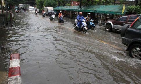 バンコクは雨季