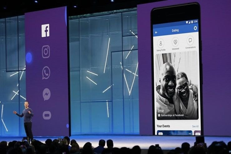Facebookのプレゼンテーション Photo by posttoday