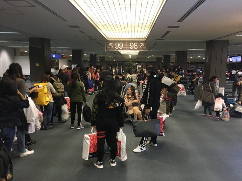 成田空港のタイ人観光客