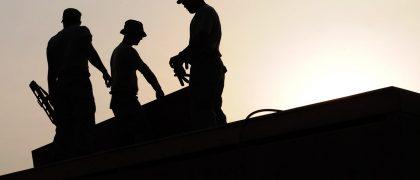 タイ在住外国人約400人が違法就労で逮捕