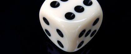 タイでサイコロの新ギャンブル検討、宝くじ事務局が闇くじ防止対策
