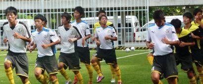 日本の高校サッカー界の強豪、前橋育英高選手がタイ遠征