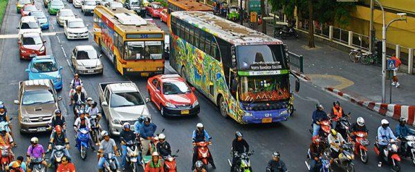 回避できるか?バンコク大渋滞!